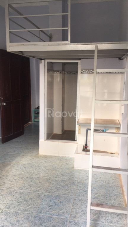Cho thuê phòng đẹp có gác 20 Trần Bình Trọng, Bình Thạnh, giá từ 2.8tr