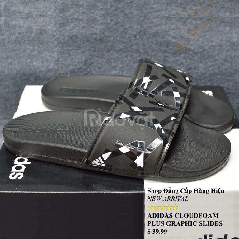 Dép Adidas Cloudfoam Plus Graphic màu đen đế đen quai đen bóng trắng