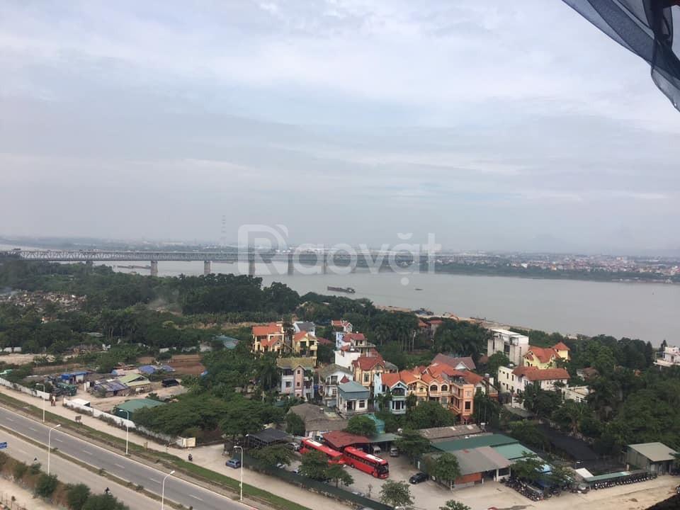 Cần bán căn hộ 2PN 2VS, view cầu Nhật Tân, sông hồng, 2.3 tỷ