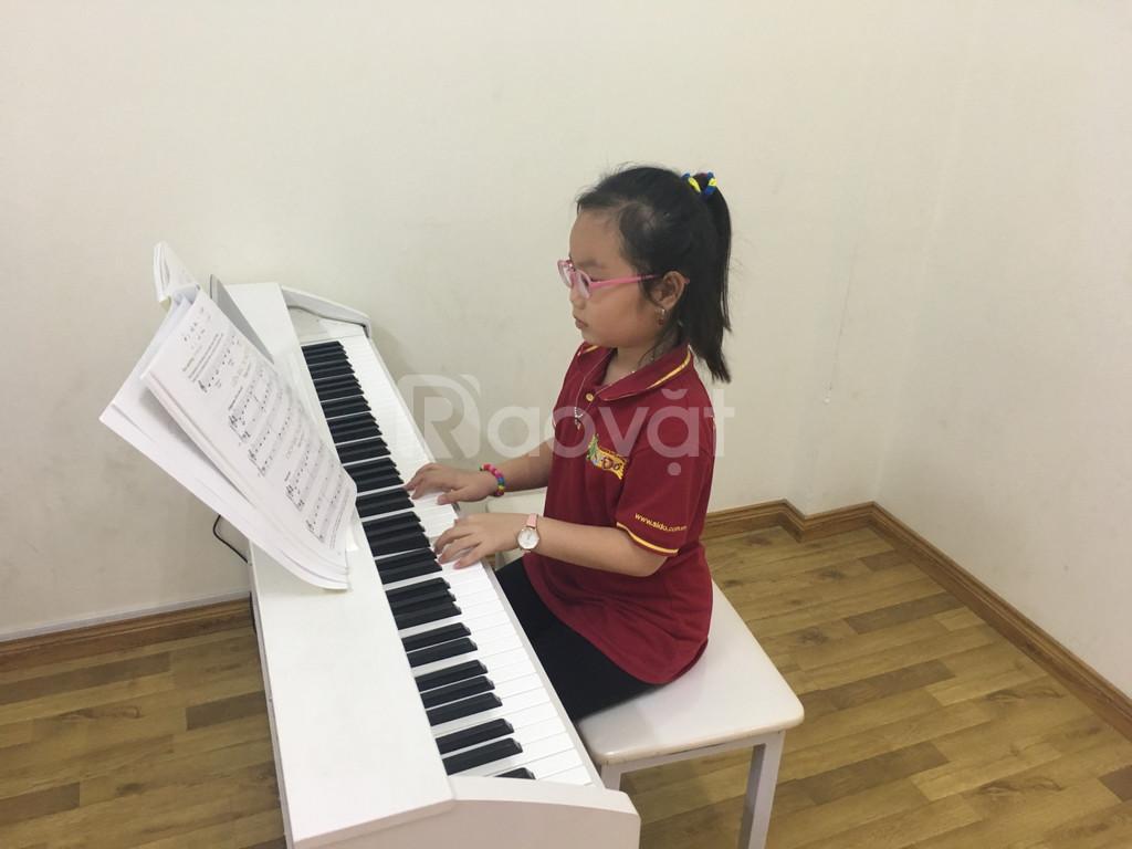 Lớp học năng khiếu dành cho trẻ -  Piano