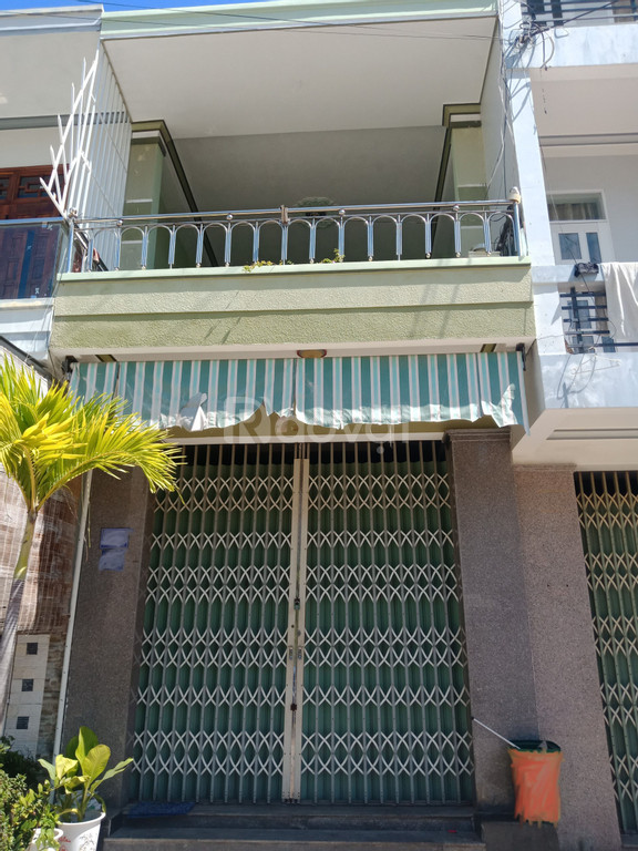 Bán nhà mặt tiền đường Bùi Huy Bích Vĩnh Hòa Nha Trang
