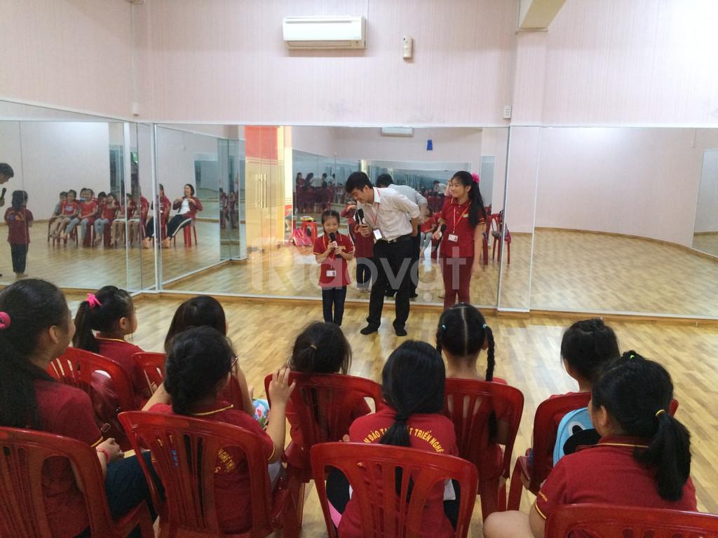 Lớp học năng khiếu dành cho trẻ -  MC NHÍ (ảnh 7)