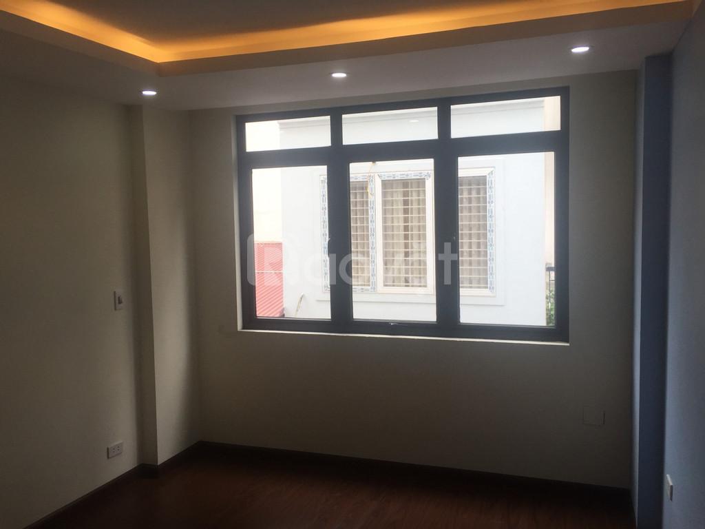 Bán nhà ngõ 77 Xuân La, ngõ thông ngõ 23 Xuân La, DT 45m2 xây 5 tầng