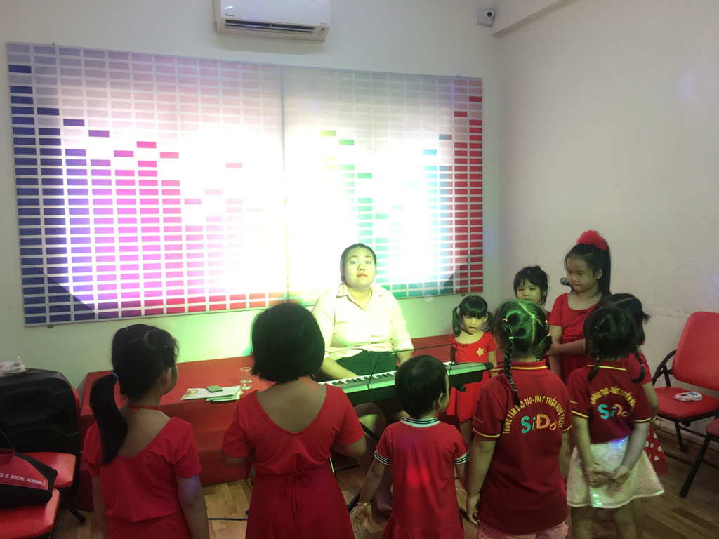 Lớp học năng khiếu dành cho trẻ -  Thanh Nhạc (ảnh 5)