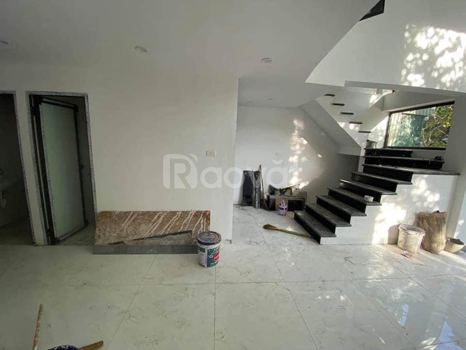 Nhà mặt Linh Lang 58m2 xây 7 tầng, thang máy, mặt tiền 7m