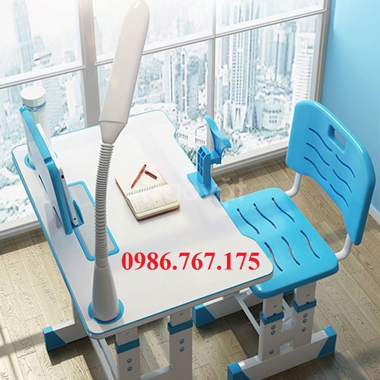 Bộ bàn ghế học sinh chống gù, chống cận cho bé (ảnh 1)