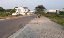 Bán gấp nền biệt thự kế gốc sổ hồng riêng khu dân cư đông