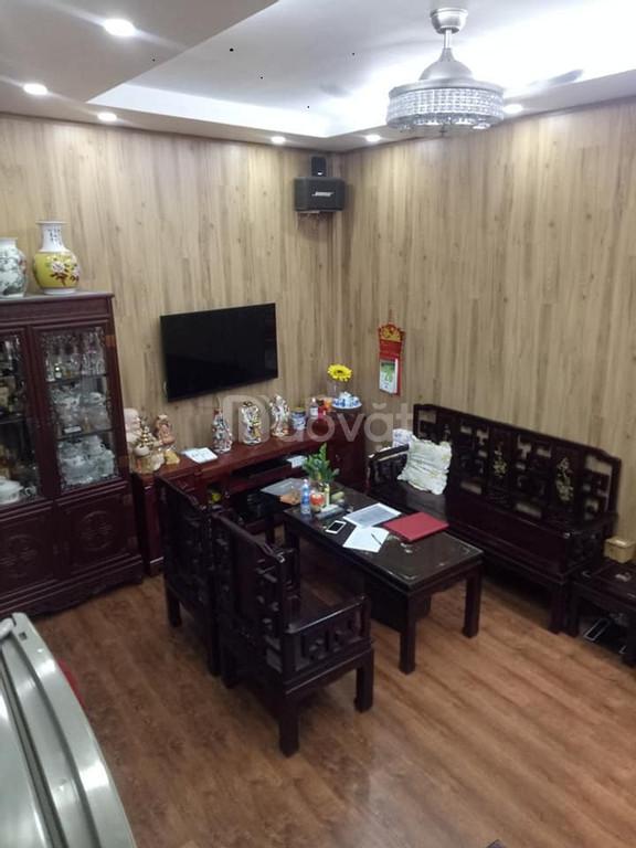 Bán nhà đẹp Kim Mã, 5 tầng, mặt tiền 4m, nhà đẹp ở luôn