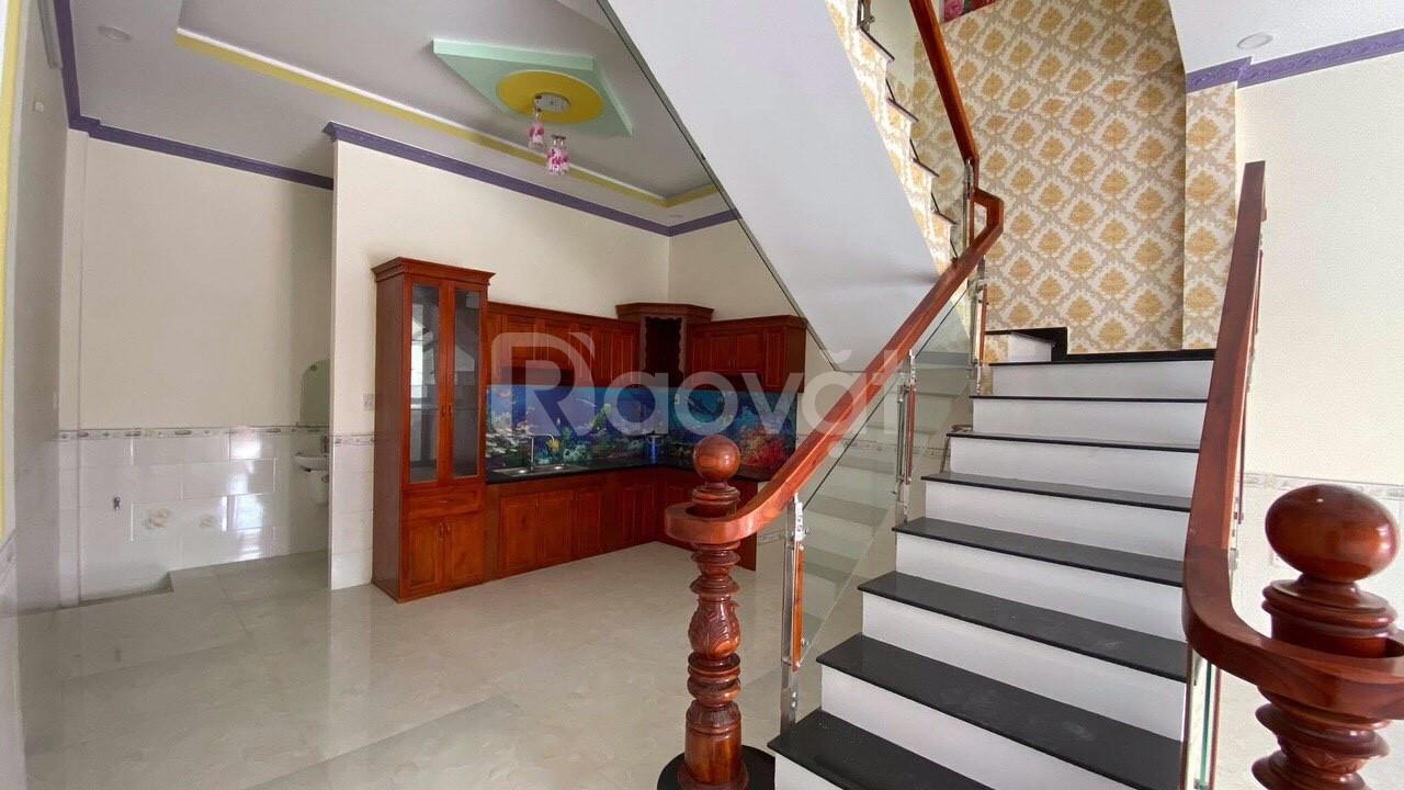 Bán nhà ngay chợ Phú Phong, P.Bình Chuẩn, Thuận An