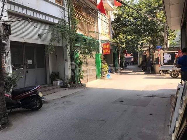Bán nhà Hoàng Văn Thụ, kinh doanh ô tô đỗ cửa, 45m,MT4  4.5 tỷ