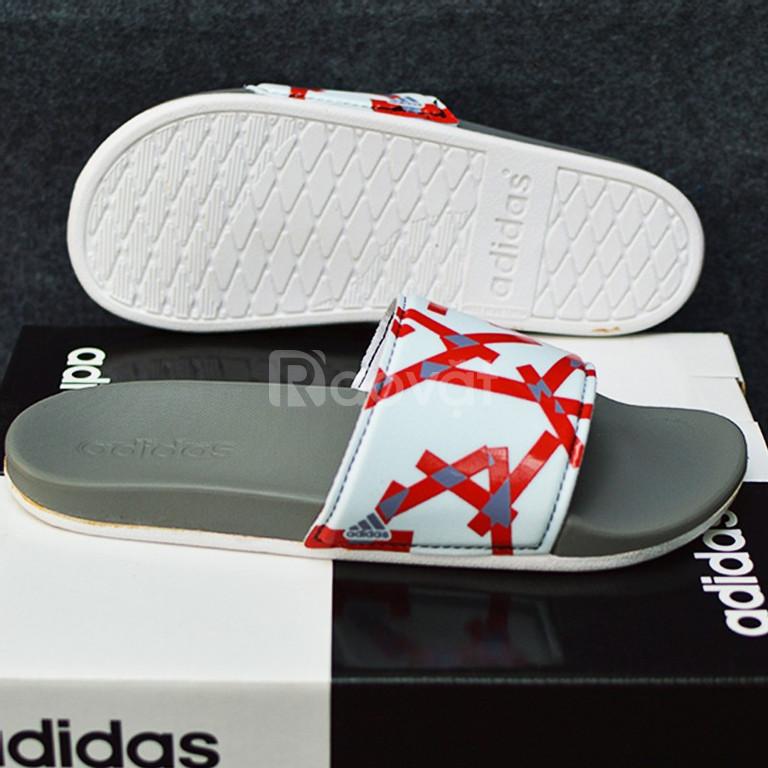 Adidas Cloudfoam Plus Graphic màu xám đế trắng quai trắng sọc đỏ xám