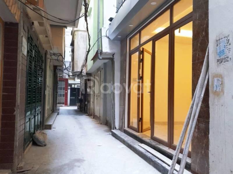 Bán nhà phố Chính Kinh 31.4m2, 5 tầng, mặt ngõ rộng, giá 2.8 tỷ