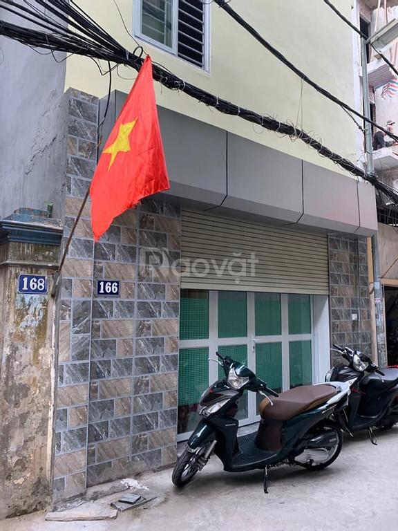 Bán nhà mặt ngõ Trương Định, ô tô đổ cửa, kinh doanh nhỏ lẻ