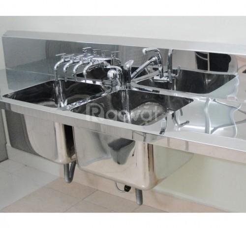 Bồn rửa dụng cụ 2 hộc cho phòng mổ (loại treo tường)