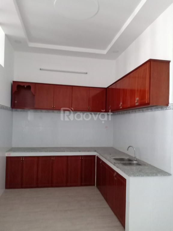 Cần bán gấp nhà mặt phô huyện Bình Chánh