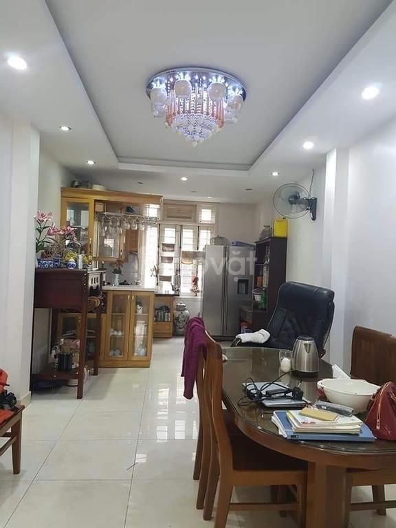 Bán nhà tại đường Nguyễn Trãi, Thanh Xuân, 40m2, 5 tầng, 3.5 tỷ