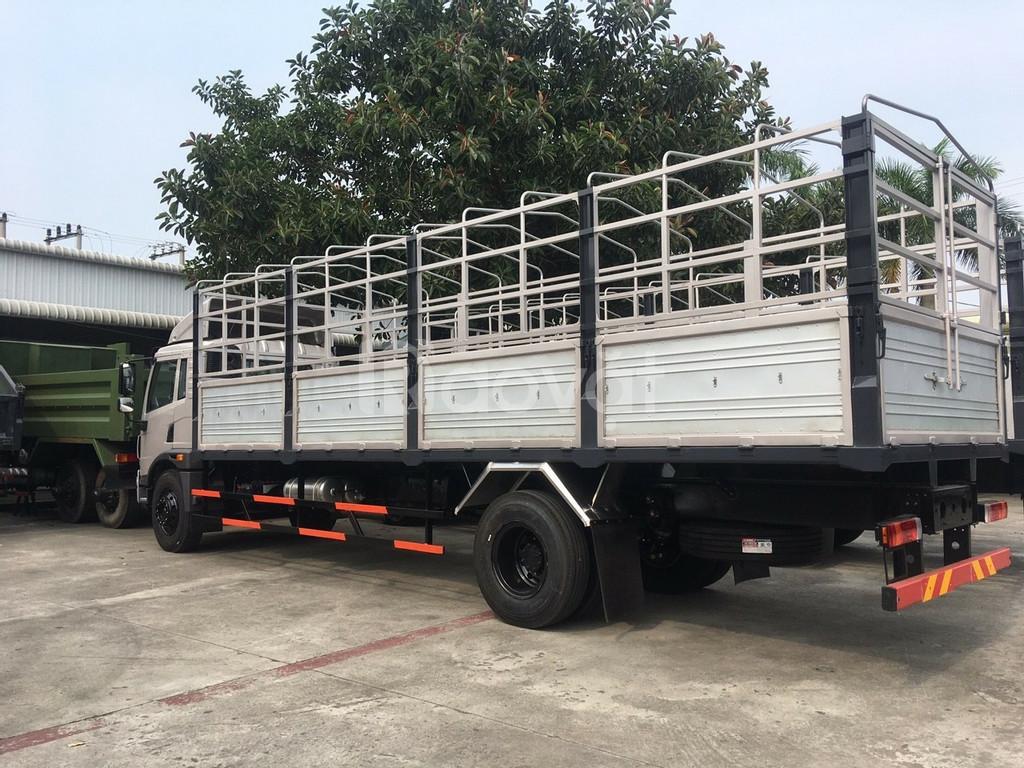 Xe tải faw 8 tấn thùng dài 8 mét chở hàng bao bì, mút xốp