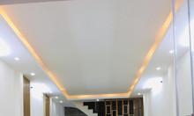 Nhà mới đẹp Minh Khai gần mặt phố, ngõ rộng 2.7m, 35m2 5 tầng 2.68 tỷ