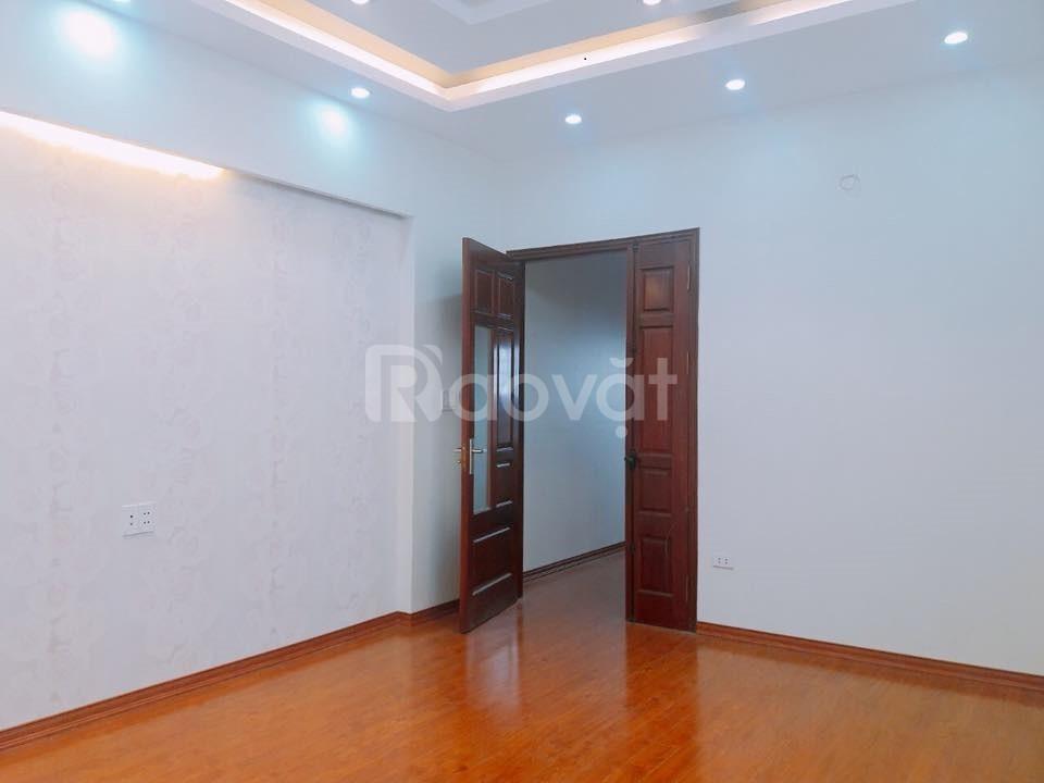 Nhà gần Trần Hữu Dực ô tô qua thông thoáng 32m, 4 tầng