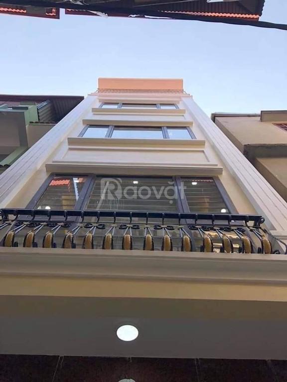 Chính chủ cần bán ngôi nhà mới  tinh 5 tầng tại Định Công
