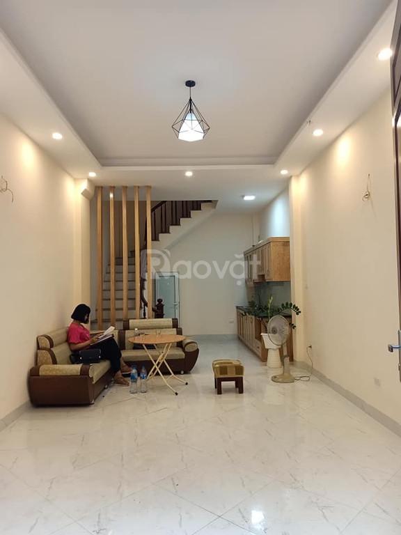 Bán nhà riêng phố Nguyễn Đức Cảnh Hoàng Mai 40m2 5 tầng MT 4m