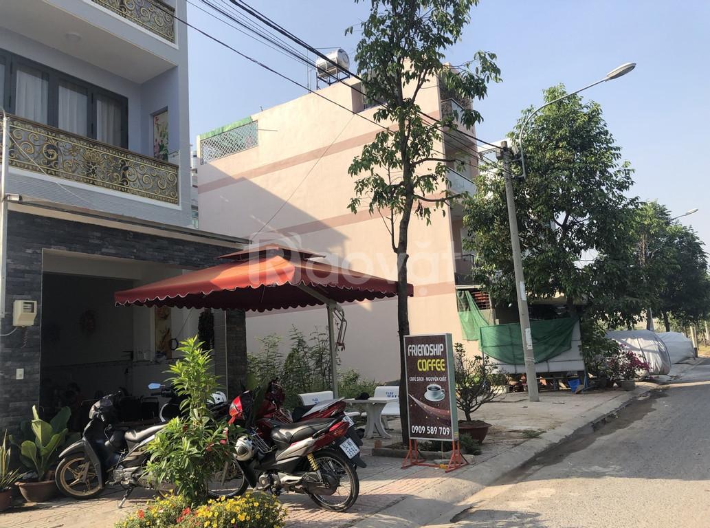 Bán lại lô góc 2 mặt tiền đường Trần Văn Giàu, Bình Tân, DT 135m2