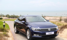Volkswagen Passat nhập Đức ưu đãi 177 triệu và quà tặng