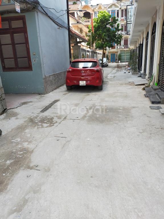 Cần bán nhanh nhà 5 tầng x 36m tại Vũ Tông Phan
