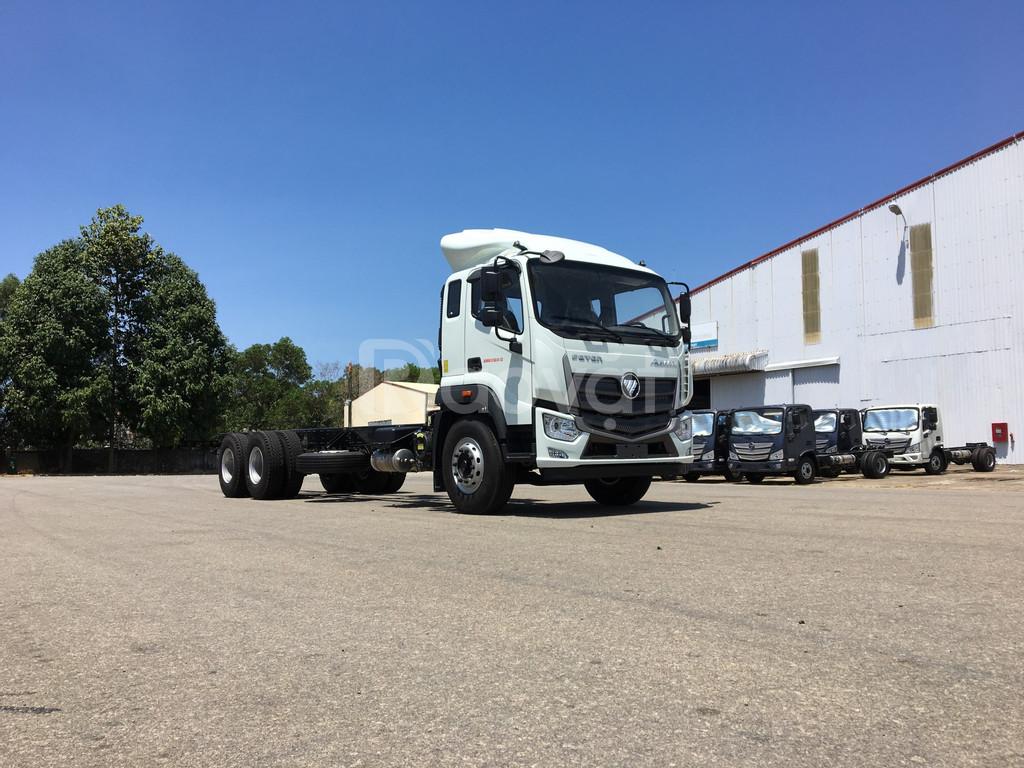 Thaco Auman C240.E4 xe tải nặng 3 chân tại Hải Dương