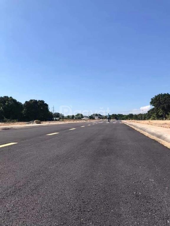 Bán 100m2 đất nền đường Đinh Tiên Hoàng Cam Lâm Bãi Dài hỗ trợ 60% vay