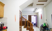 Bán nhà đầu ngõ 79 Dương Quảng Hàm 63m2 5T 5,05 tỷ