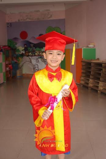 Chuyên cung cấp đồng phục tốt nghiệp cho trẻ em mầm non giá tốt