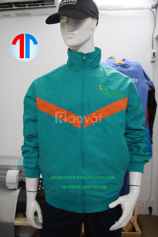 Xưởng may áo khoác hai lớp nào chất lượng hiện nay