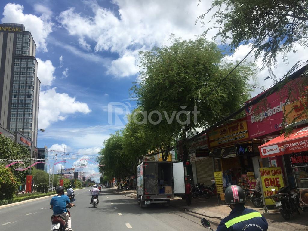 Nhà mặt tiền đường 30.4 đối diện Vincom Xuân Khánh