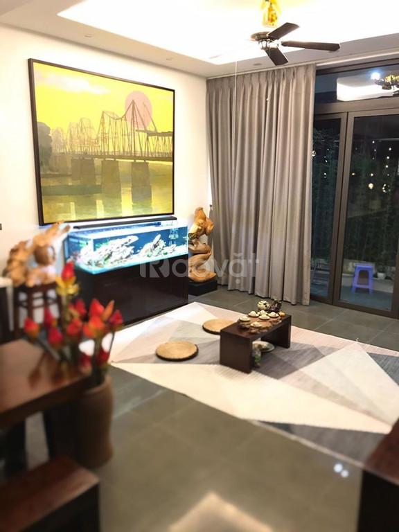 Nhà phố Hồ Tùng Mậu 40m2, 4 tầng lô góc, ô tô đỗ kinh doanh