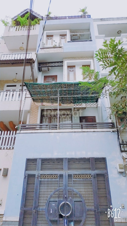 Bán gấp nhà đường D5, phường 25 Bình Thạnh 72 m2