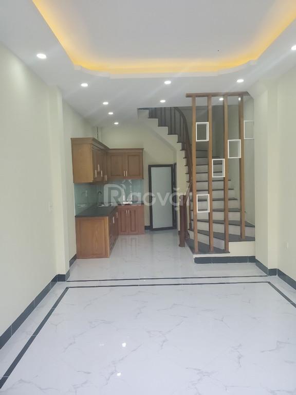 Nhà Phương Canh ngay Trần Hữu Dực 200m, 5 tầng 32m giá tốt 1.96 tỷ