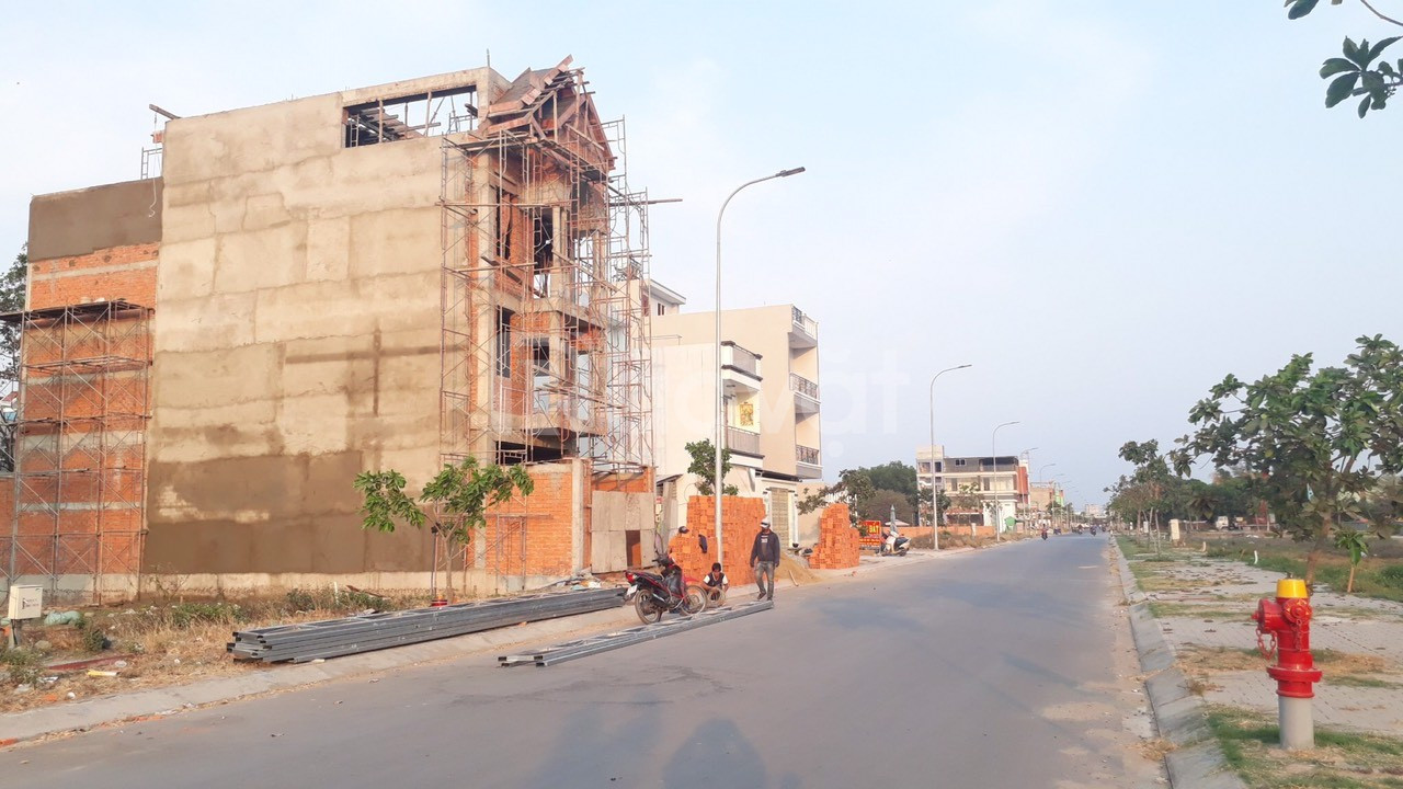Đất nền chính chủ ngay mặt tiền đường số 7 liền kề AEON Bình Tân