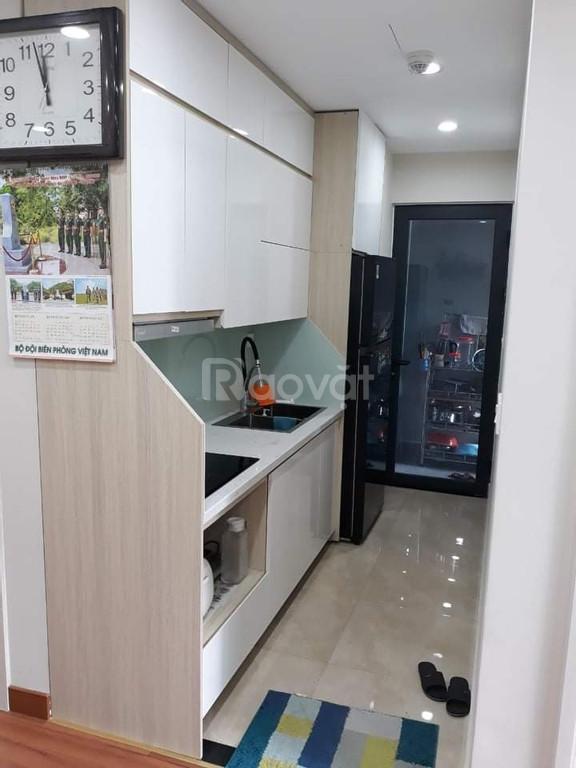 Cho thuê căn hộ Goldseason 64 m2 giá tốt full nội thất