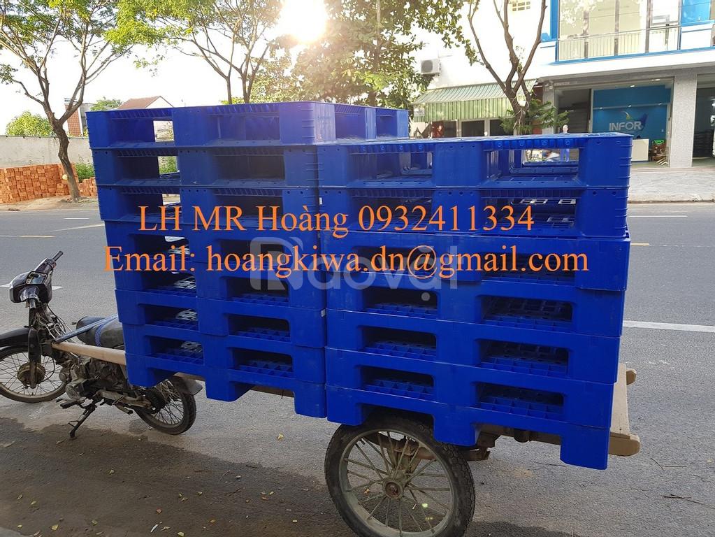 Pallet nhựa ( Pallet nhựa cũ, Pallet nhựa mới ) giá rẻ tại Đà Nẵng