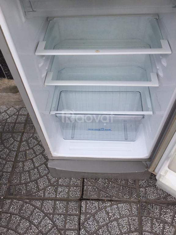 Tủ lạnh Sharp 181 lít, ngăn kính cường lực (ảnh 2)