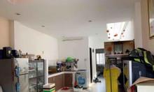 Nhà giá rẻ DT:8mx10m, đường Lê Quang Định P5, Bình Thạnh