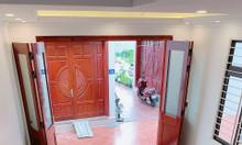 Bán nhà gần UBND phường Phúc Lợi xây mới 5 tầng 3PN giá 1,95 tỷ