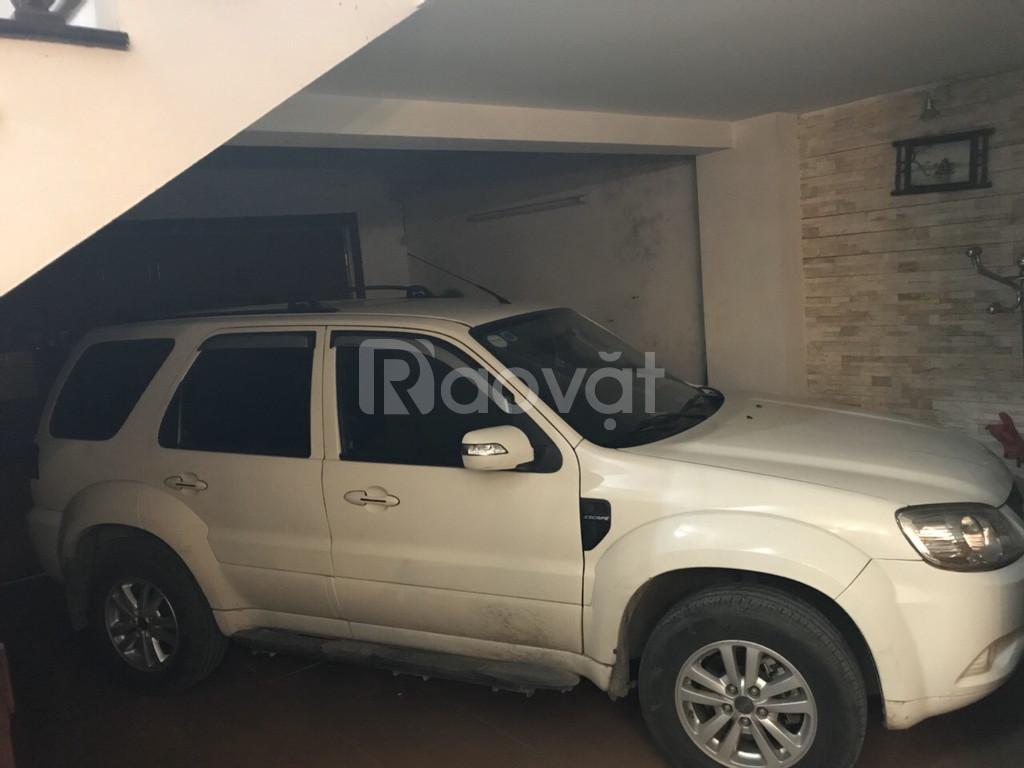 Nhà ngõ Trần Bình, ôtô vào nhà, thiết kế đẹp