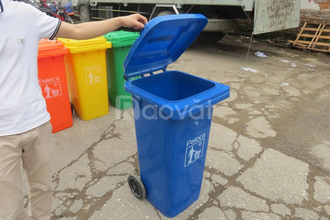 Chuyên bán thùng rác 120 lít giá rẻ, nhựa cao cấp, bóng đẹp, tránh va