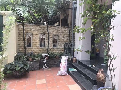 Bán biệt thự sân vườn 200m2 3 lầu Làng Ngọc Hà, Ba Đình, gara ô tô