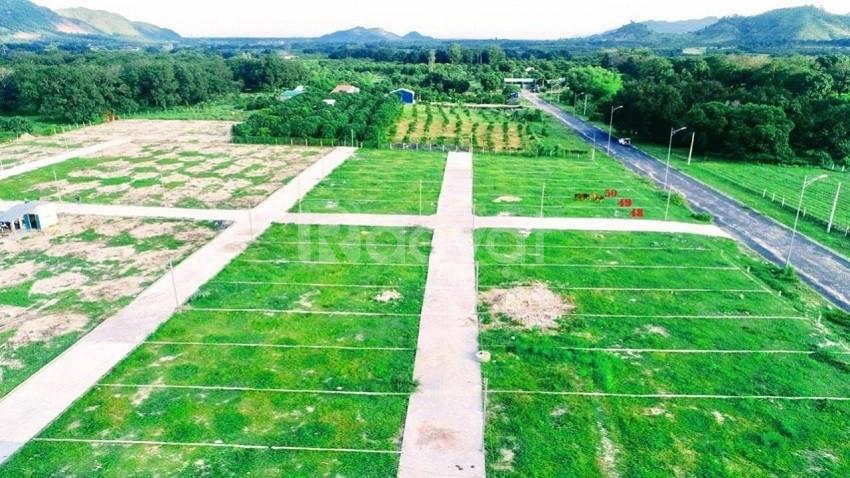 Chính chủ bán nhanh 2 nền đất sổ đỏ cạnh ngay KCN Suối Sầu