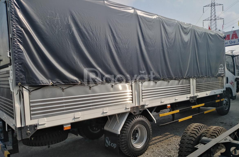 Xe tải faw 8 tấn thùng dài 6m2 ga cơ động cơ hyundai