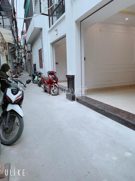 Bán nhà 30m2*5 tầng đường Hoàng Như Tiếp Bồ Đề Long Biên giá 3.2 tỷ
