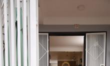 Nhà mặt phố đẹp tại Âu Cơ 160, 2pn 2vs, nội thất cơ bản 10tr